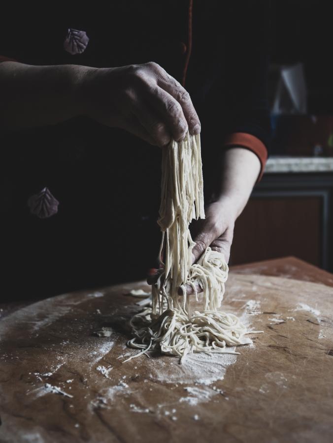 foodiesfeed.com_Gunel-Farhadli-making-pasta-2.jpg