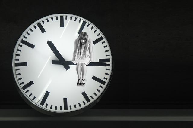 clock-1606919_640.jpg